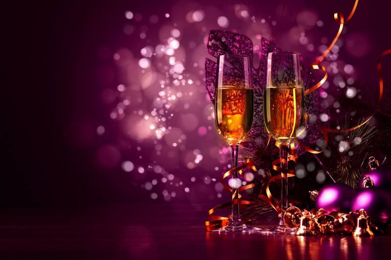Бокалы с шампанским картинки для рабочего стола. Новогодние обои на рабочий стол