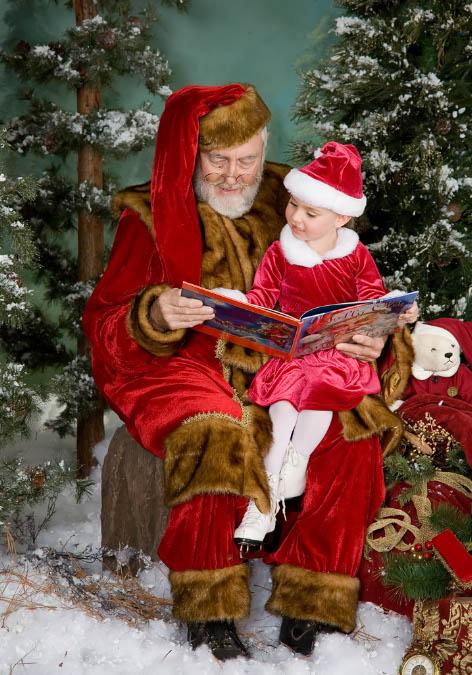 Санта Клаус с ребёнком. Дед Мороз и Снегурочка картинки
