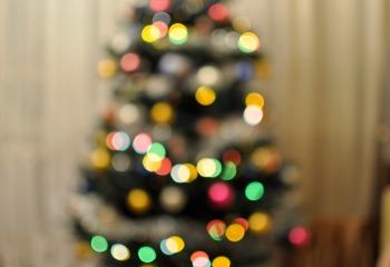 Красиво украсить новогоднюю елку 2017